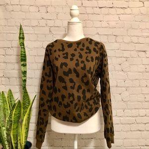 NWOT Oversized Leopard Print Sweatshirt - Size M